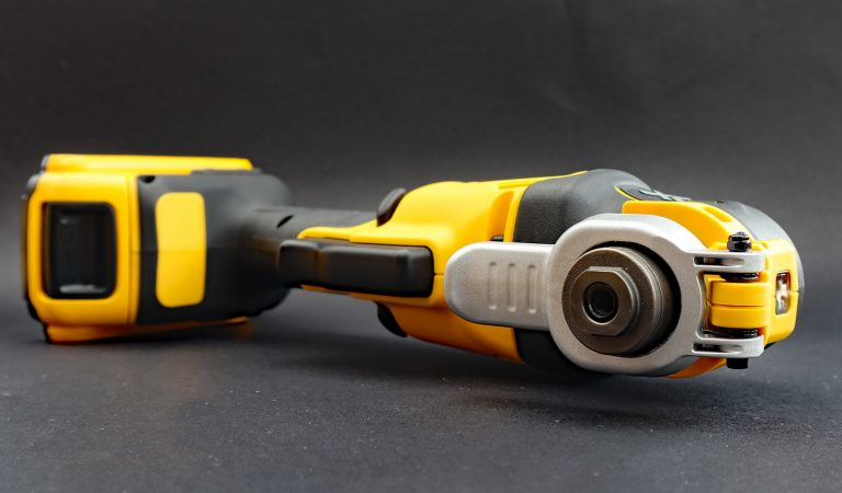 """Find a solution: What does """"brushless motor"""" mean?"""